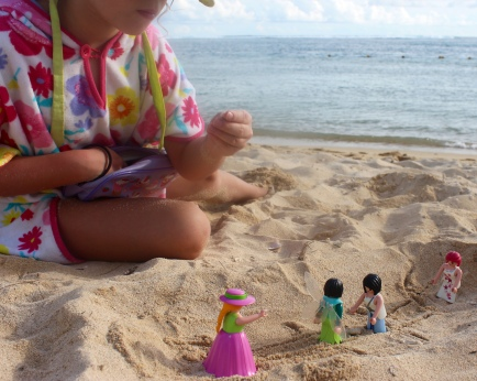 Playmobil hit the beach
